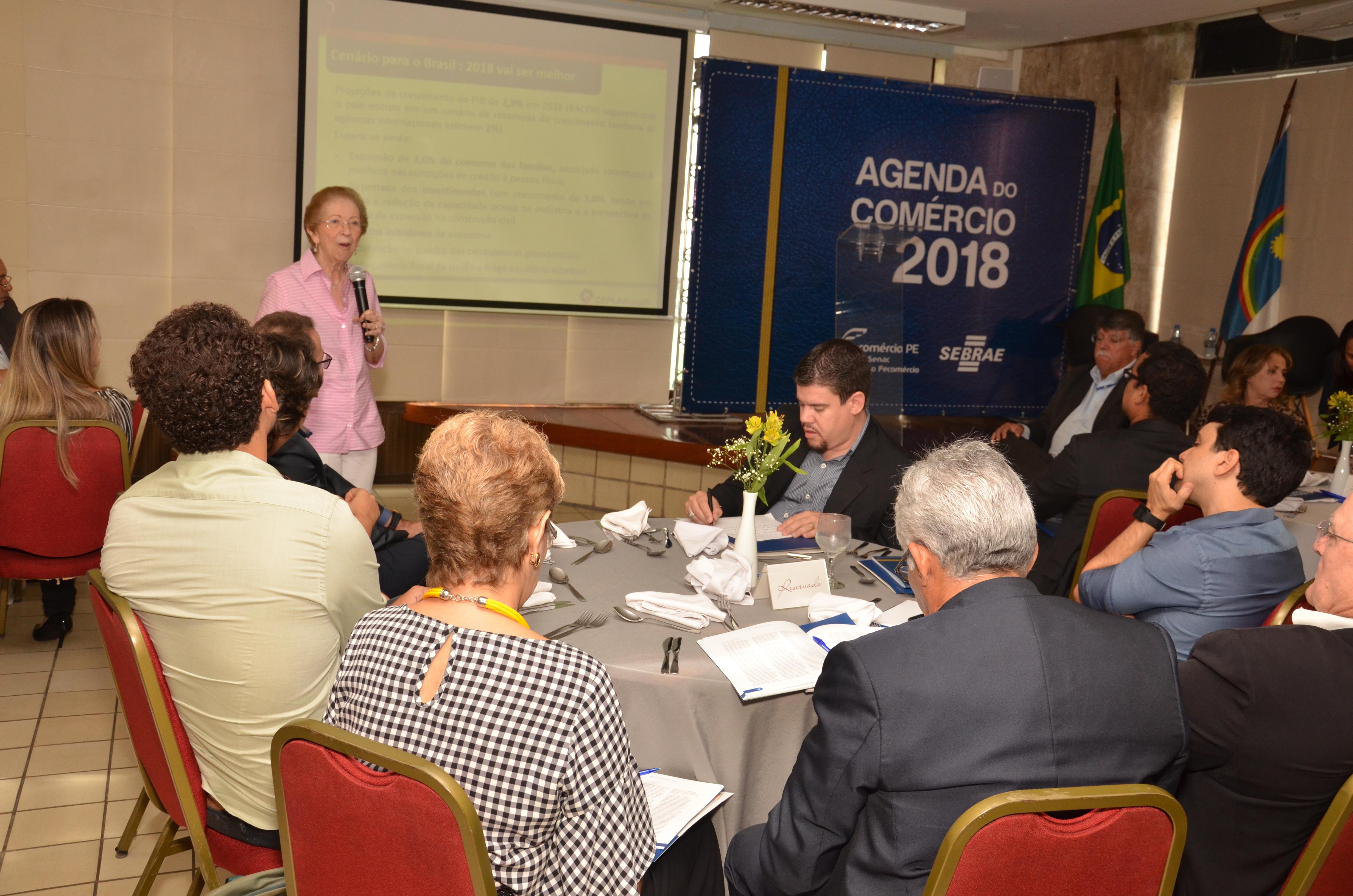Fecom rcio pe lan a agenda do com rcio 2018 fecom rcio pe for Agenda pantone 2018